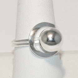 2-5047-e4 Sterling Ball Ring