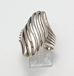 2-5053-f6 .925 Sterling Silver Rich Wave Design Ring.