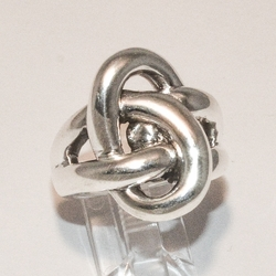 2-5055-e4 Sterling Abstract Twists Design ring