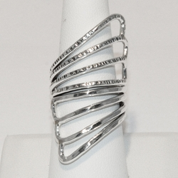 2-5068-e4 Sterling Wrap Around ring