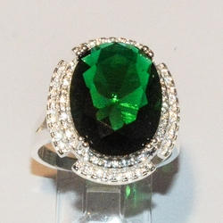 2-5121-e4 Sterling Esmerald Green CZ Ring
