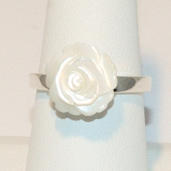 2-5161-e4 Sterling White Flower Ring