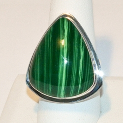 2-5168-e4 Sterling Green Malaquite Stone Ring