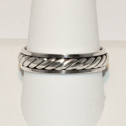 2-5263-e4 Men Sterling Spinner Ring