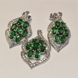 2-6388-e3 GreenCubic Zircon Set (also available in Red)