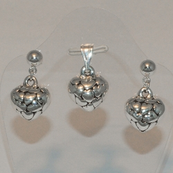 2-6577-e5 Sterling Hearts Earring and Pendant set