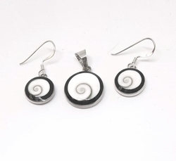 2-6739-f52 Sterling Silver Natural Shell Set