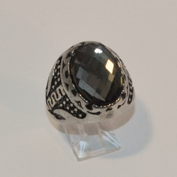 4-0084-e6 Man Stainless Grad Design Ring with Faceted Crystal. Sizes 9-11.