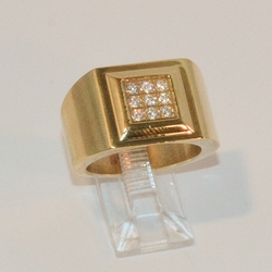 4-0084-e8 Man Gold Plated Stainless Ring with CZ's. Sizes 9-11.