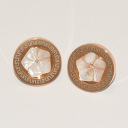 4-2135-e1 Ladies Rose Gold Plated with Mother of Pearl Flower Round Earrings