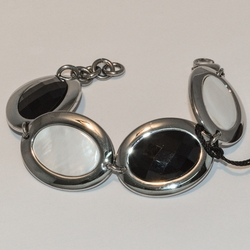 """4-4129-e5 Stainless Bracelet with Black and White Stones - 7.5""""-8"""" adjustable"""
