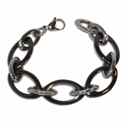"4-4238-e110 Stainless Bracelet with Black Links. 7.5"", 20mm."