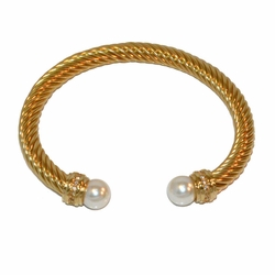 4-4243-f1 Stainless Gold plated Twist bangle with Pearl Tips, 7mm wide, 10mm pearls,