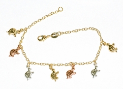 MBRA-GD-PRD-D3 Three Tone Turtles Charm Bracelet