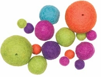 Feltworks Bright Ball Assortment 16/Pkg