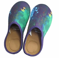 Neoprene Slippers Size Medium Shoe Sizes 7-9