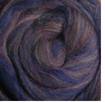 Wool Roving 12in Package .25oz Navy Variegated