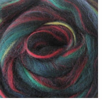 Wool Roving .25oz Green Variegated