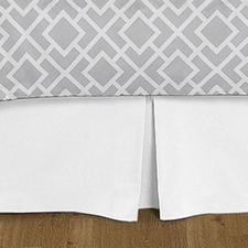 Diamond Gray and White Full/Queen Bed Skirt