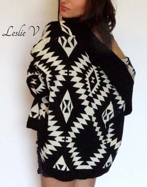 Comfy Black and Cream Sweater SW100BLK