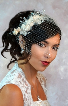 Dulce: Ivory/Peach Floret Pearl Cluster Comb & Crystal Birdcage Veil 27iv-fl820pch