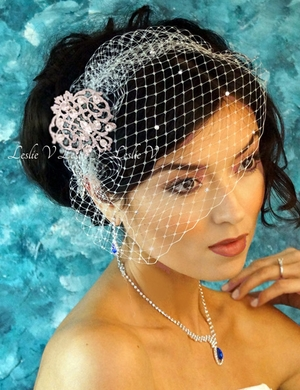 Isabella Royal Brooch & Crystal Bridal Cage Veil Bridal LV27s-30790cr-s
