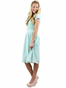 Isabel Modest Dress in Mint