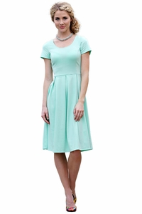 Ivy Modest Dress in Mint