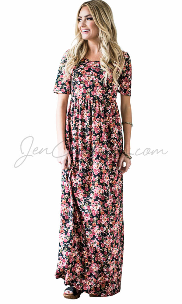 Miranda Modest Maxi Dress in Small Floral Print
