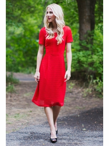 Scarlett Modest Dress in Red