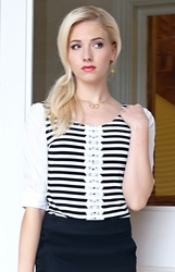 Striped Top w/Lace in Black & White