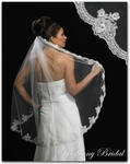 1-Tier Vintage Lace Bridal Veil