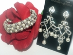 Antonia - Romantic classic pearl earrings and  bracelet - Special