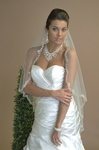 Beautiful 1 Tier Crystal Edge Veil