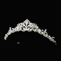 Beautiful classic pearl and crystal wedding tiara - Amazing price!