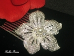 BEAUTIFUL Floral center pearl wedding hair comb - CLEARANCE two left