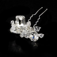 BREATHTAKING!! Swarovski crystal bold hair pin