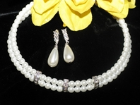 Breeze - Elegant triple pearl chocker collar bridal necklace set
