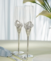 Calla Lily Wedding Toasting Flutes  - personalized