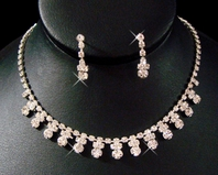 Elegant Bold Drops Rhinestone Necklace Set<br><i>Multiple Discount</i>