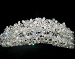 GORGEOUS Royal collection Freshwater pearl and Crystal wedding tiara