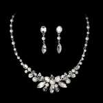 Graceful pearl and rhinestone bridal necklace set