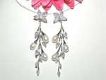 Lexie - Gorgeous elegant off white pearl bridal earrings - SALE!
