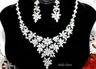 Madonna - NEW!! EXQUISITE CZ vine wedding jewelry set - rental