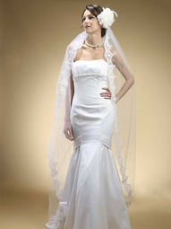Montecarlo - GORGEOUS mantilla beaded waltz lenght bridal veil - SALE!!