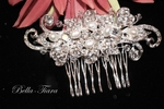 New� beautiful elegant crystal and pearl wedding hair comb - CLEARANCE ONE LEFT