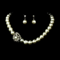 Romantic vintage rose pearl neckace set - SALE!!