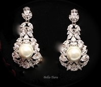 Royal Collection - Luxurious CZ and pearl drop wedding earrings - SPECIAL ONE LEFT