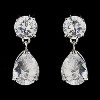 Samma - Delicate and elegant pearl CZ earrings - SPECIAL One left