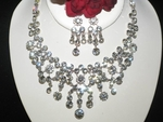 Striking - Gorgeous Swarovki Crystal necklace set - SALE!!!